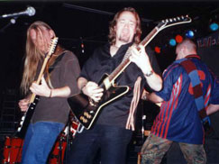 Adrian Smith joins the band on stage